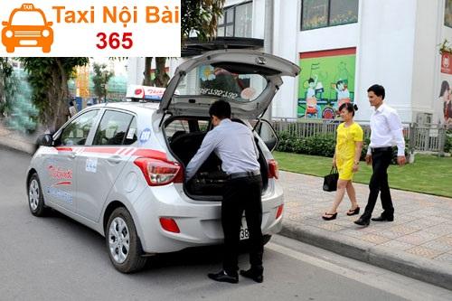 Những yêu cầu về tài xế lái taxi khi làm việc tại Taxi Nội Bài 365